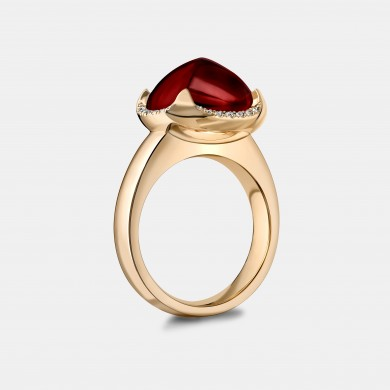 The Gold and Garnet Pyramid Ring